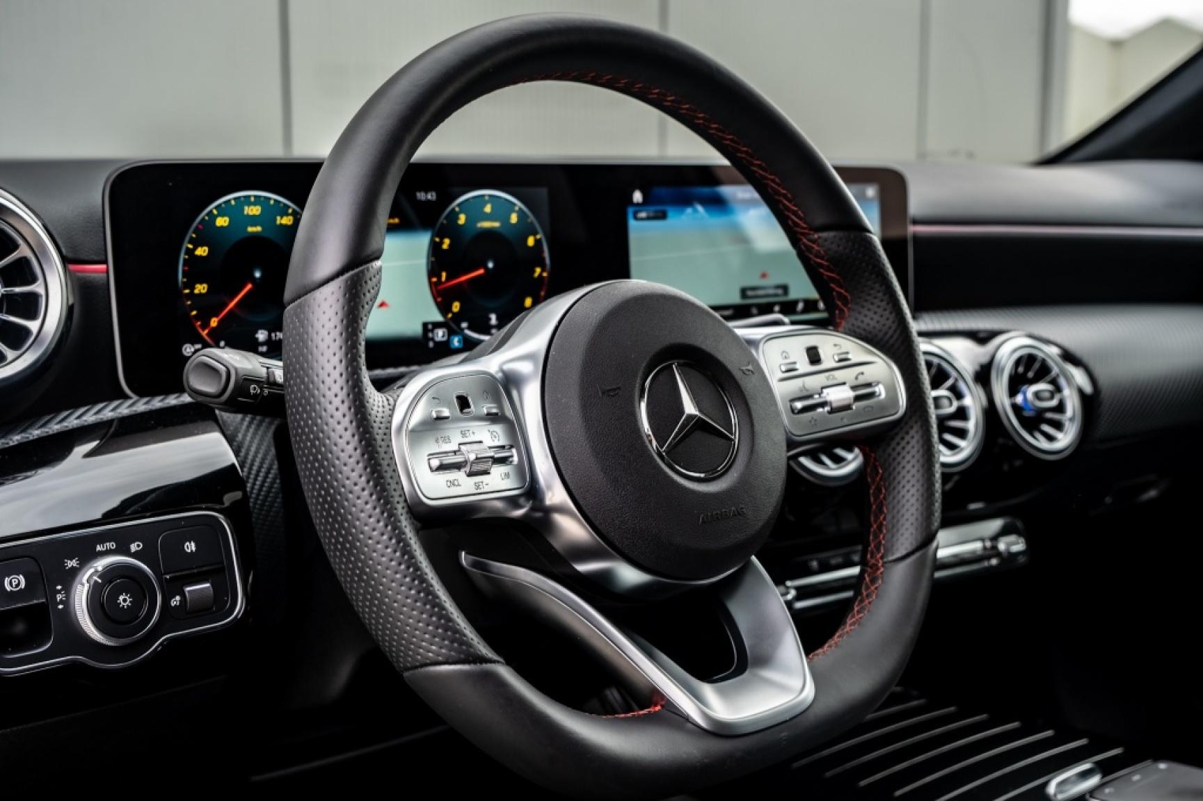 Mercedes-Benz-A-Klasse-11