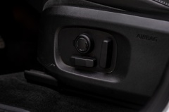 Land Rover-Range Rover Evoque-30
